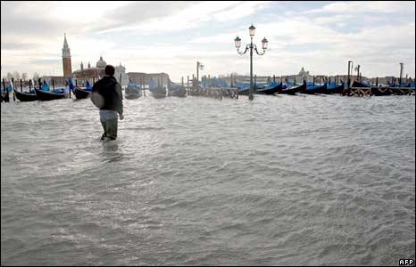 Riasztás Olaszországban: hó, eső és viharos szél