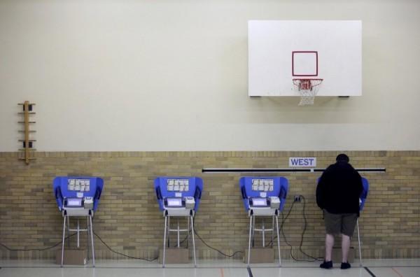 Kibernetikai támadás az amerikai választási számítógépes rendszer ellen Floridában