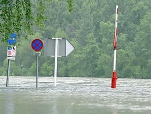 Rekord méretű árvízre készülnek