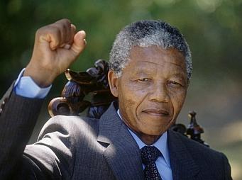 Elhunyt Nelson Mandela
