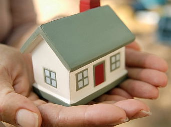 Kamatmentes lakáshitel a közszolgáknak?