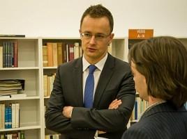Szíjjártó Péter a keleti nyitás és a turizmus kapcsolatáról