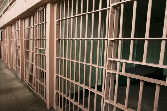 Enyhítették a volt prostit megkéselő pécsi férfi börtönbüntetését