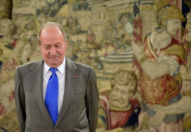 Meglepte népét: lemondott a spanyol király