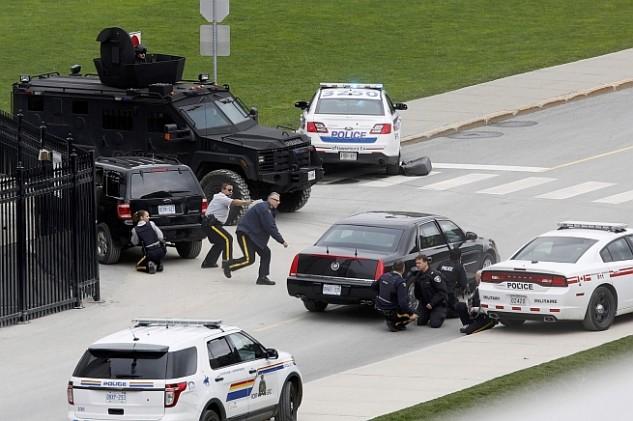 Összehangolt lehetett a lövöldözés Kanadában