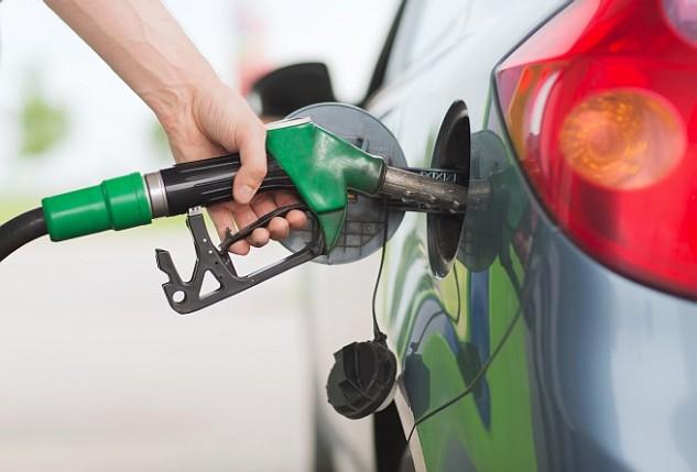 400 forint alatt a benzin átlagára