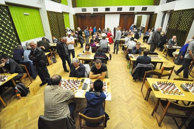 480 mérkőzés nyolc nap alatt – ismét sakkozók uralják a művházat
