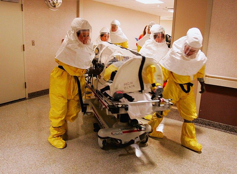 Ebolás beteget kezelnek Nagy-Britanniában