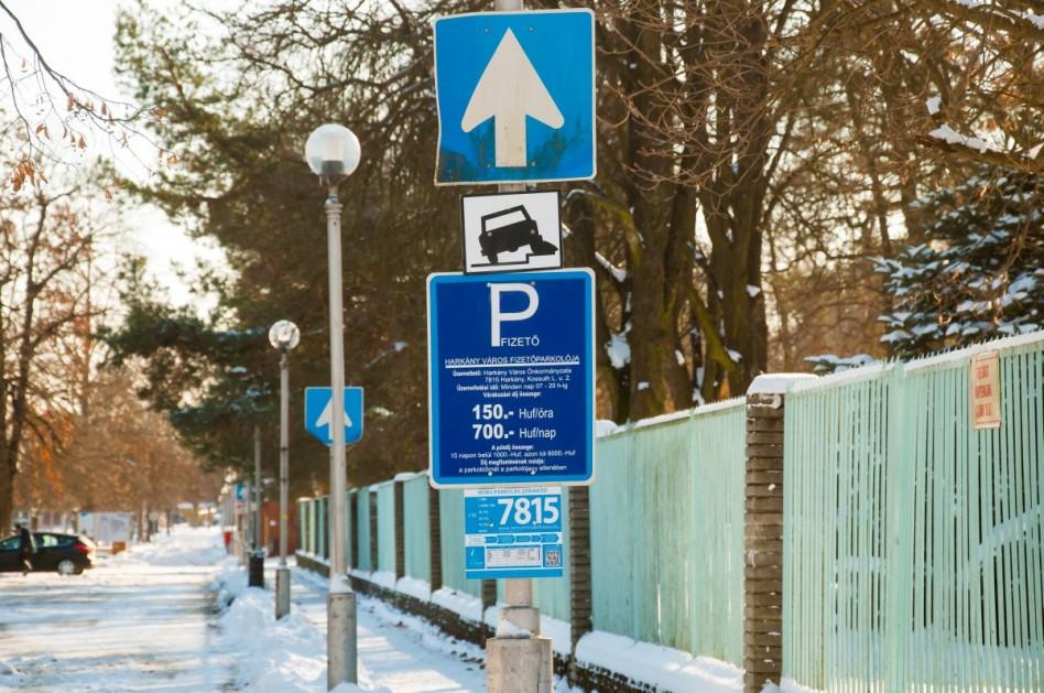 Harkányban a parkolási rend, Siklóson a díjak változnak