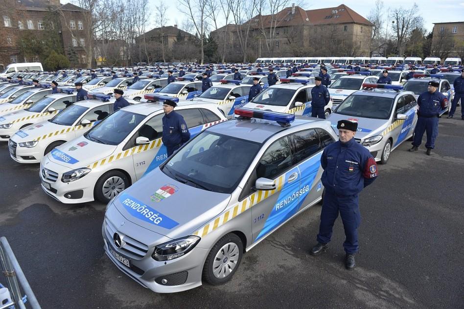 Így bővíti autóparkját a Rendőrség
