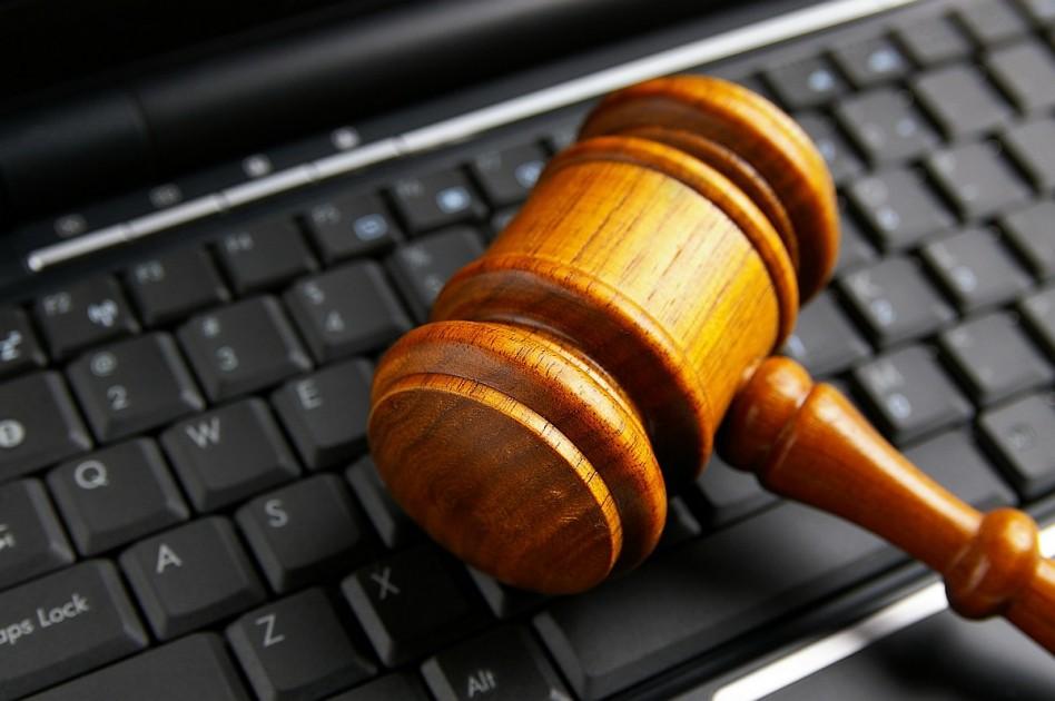 Online árverezik el a korrupt hivatalnokok vagyonát
