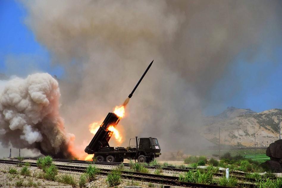 Észak-Korea kilőtt két rakétát