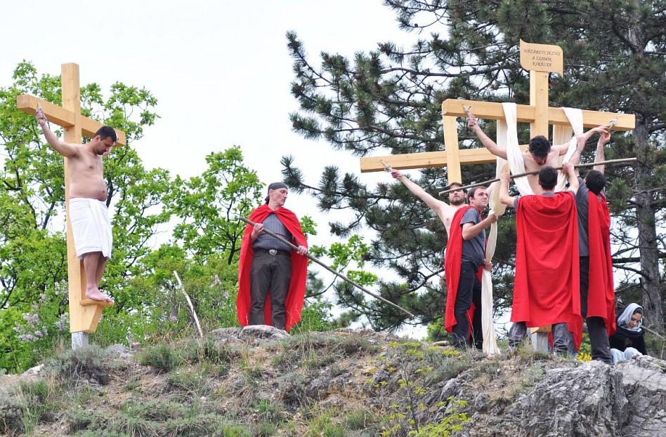 Pécsen és Máriagyűdön is rendeznek passiót