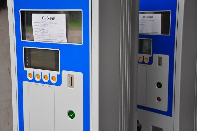 Napokon belül helyükre kerülnek az első automaták
