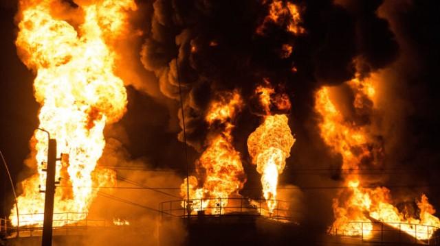 Üzemanyagraktár gyulladt ki Kijev közelében