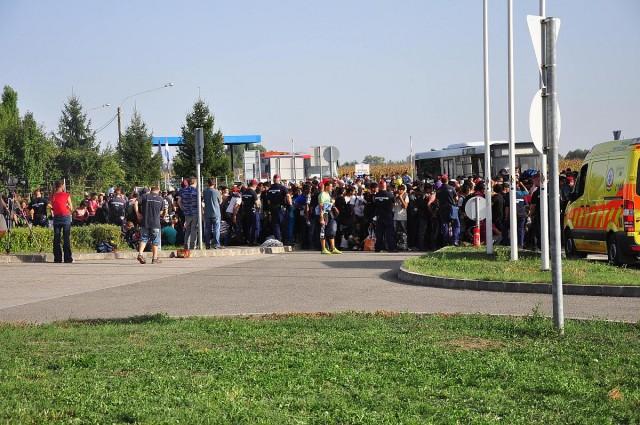 Németország tranzitzónát, Horvátország görög és magyar aktivitást akar