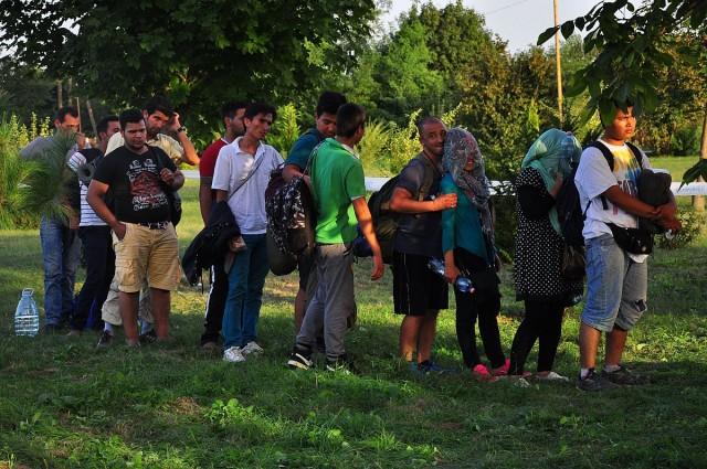 Menekültek Illocska mellett. Fotó: Kacsúr Tamás