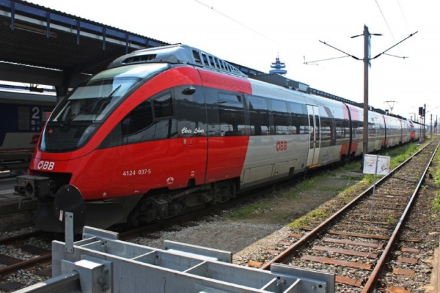 Ideiglenes határellenőrzés, leállított vonatok Németországban