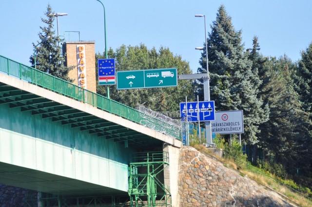 Péntektől megnyílik a horvát határ