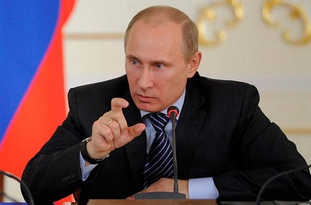 Putyin: a nyugati demokrácia épül le