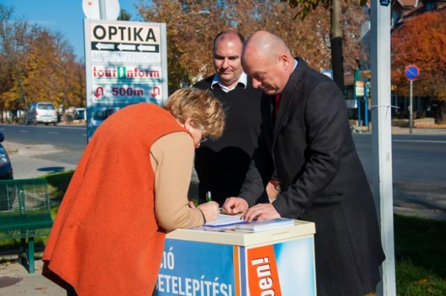 Aláírásgyűjtés kezdődött a kötelező betelepítési kvótarendszer ellen