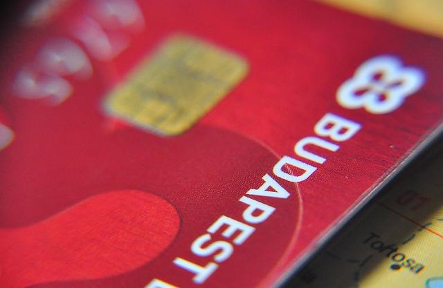 Technikai hiba miatt nem fizethetnek kártyával a Budapest Bank ügyfelei