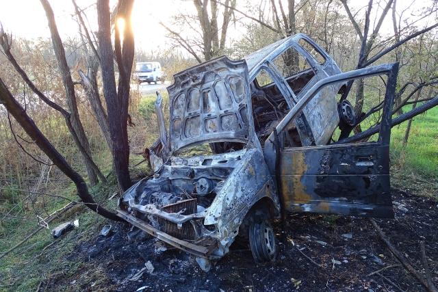 Kiégett egy személyautó Kunadacsnál