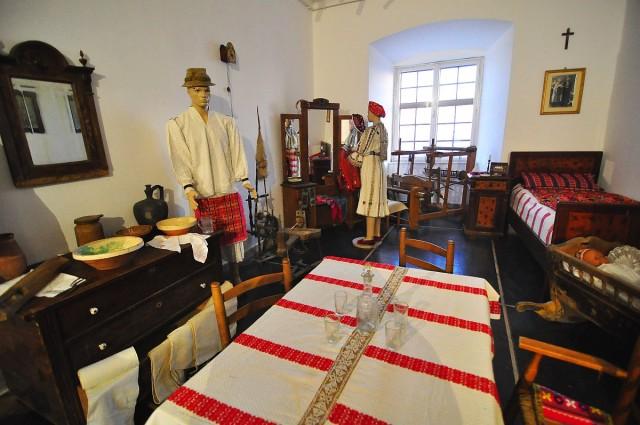 Alsószentmártoni sokac kiállítás nyílt a várban