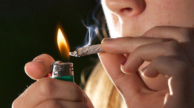Liberalizálnák a marihuána fogyasztását
