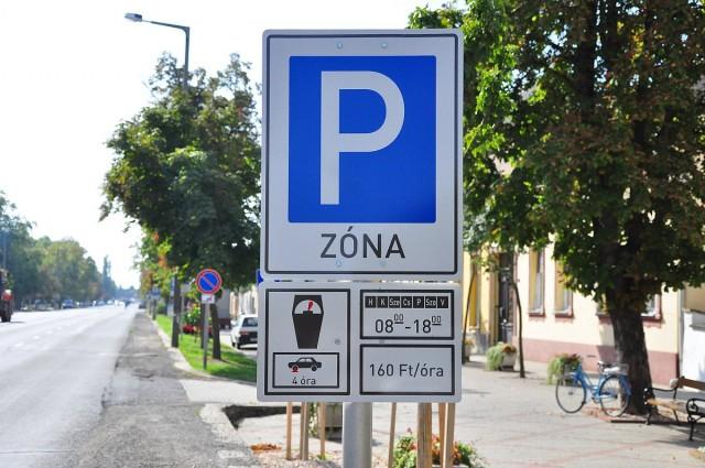 A hosszú hétvége alatt ingyenes lesz a parkolás