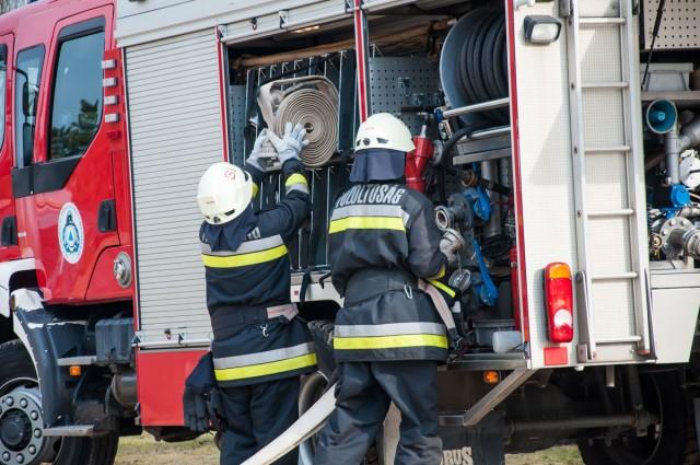 Gázrobbanás, baleset és tűz adott munkát hétvégén a baranyai tűzoltóknak