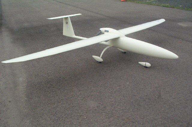 Légpárnás hajót és húszmilliós robotrepülőt vett a NAV