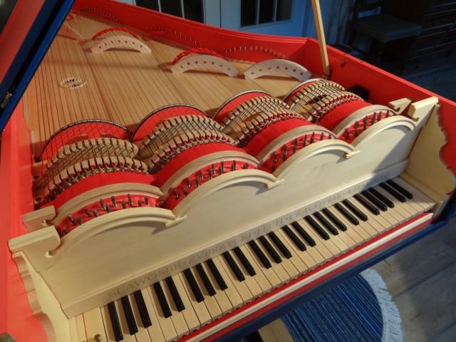 Magyarországon koncertezik DaVinci titokzatos hangszere