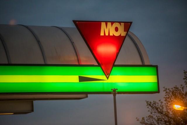 Nagyot ugrik a benzin ára