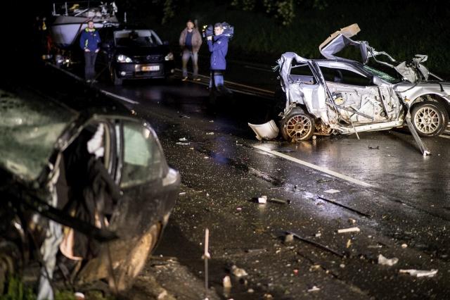 Halálos baleset a 6-oson Pécs határában – FOTÓK
