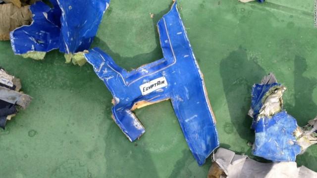 Egyiptomi gép: leszűkült a roncsok lehetséges helye