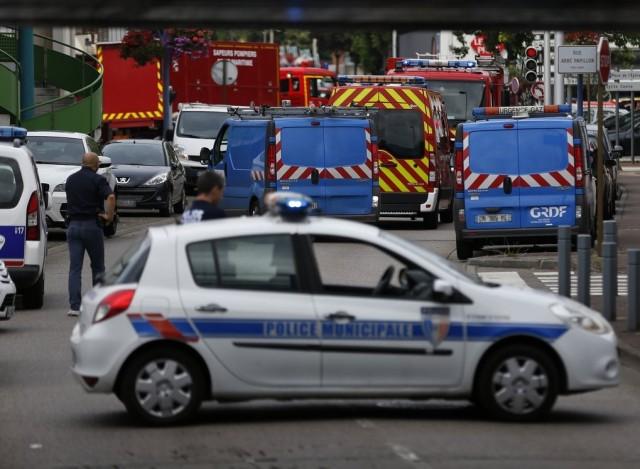 Meggondolta magát, teljesen mást mond a Franciaországban gyilkoló rendőr