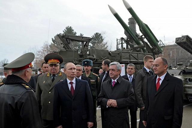 Teljes harckészültséget rendelt el Putyin