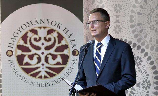 Rétvári Bence, az Emberi Erőforrások Minisztériumának (Emmi) parlamenti államtitkára - fotó: Máthé Zoltán, MTI