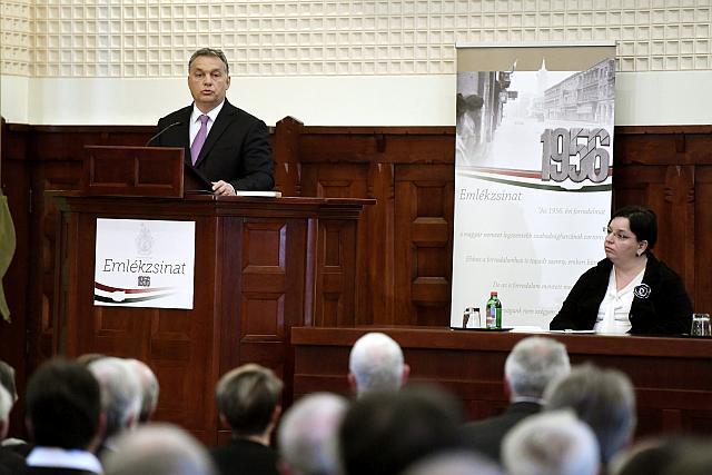 Új munkaszüneti napot jelentett be Orbán