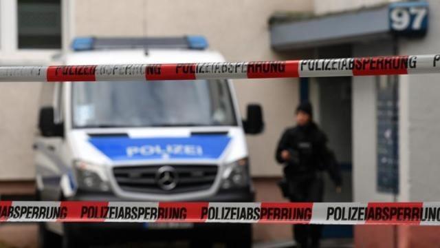 Tizenkét éves fiú akart robbantani Németországban