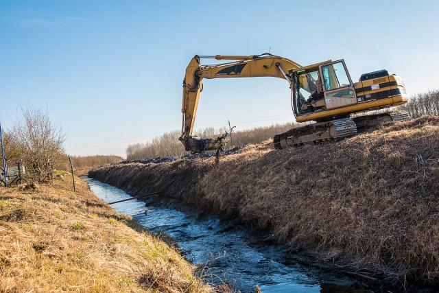 Sok belvízproblémára is megoldást jelent a vizesárkok tisztítása