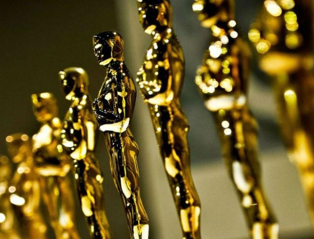 Oscar – A nomádok földje három díjat kapott, Antony Hopkins történelmet írt