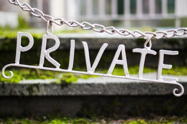 Szabad út a házkutatás és titkos információgyűjtés számára