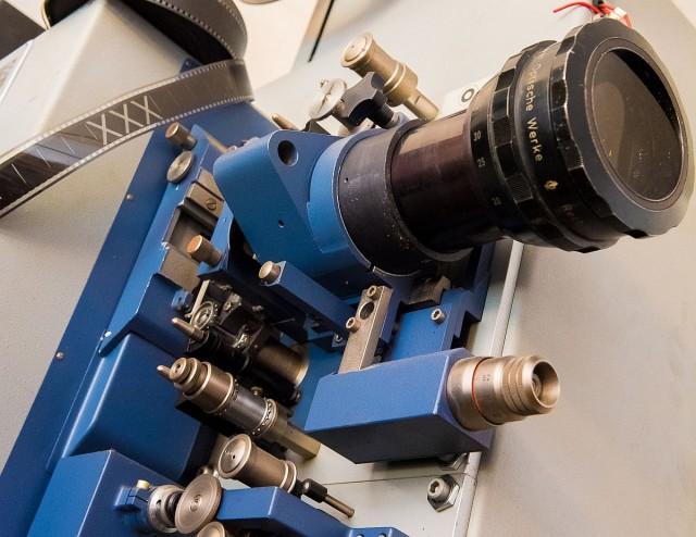 Visszajön a mozi Harkányba – megtaláltuk a régi gépeket