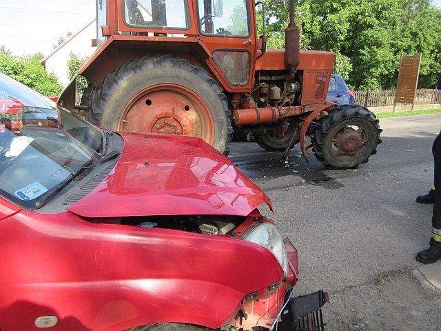 Traktorral ütközött egy személygépkocsi Szalántán