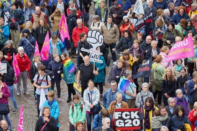 Tüntetések kísérik a hamburgi G20-at