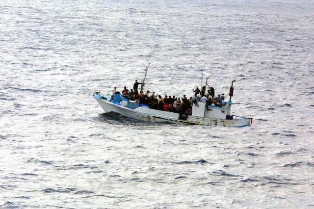 Besokalltak az olaszok, lezárják a kikötőket
