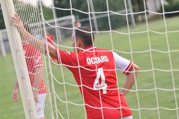 Sok fiú együtt játszik a friss levegőn: legutóbb Ócsárd csapatával mérte össze tudását a gárda.