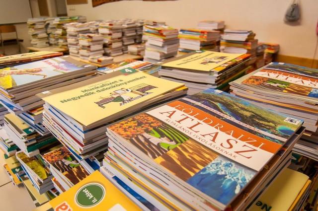 A héten a tankönyveket kapják meg, elsején pedig be is csengetnek